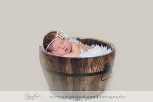 newborn photographer carnegie