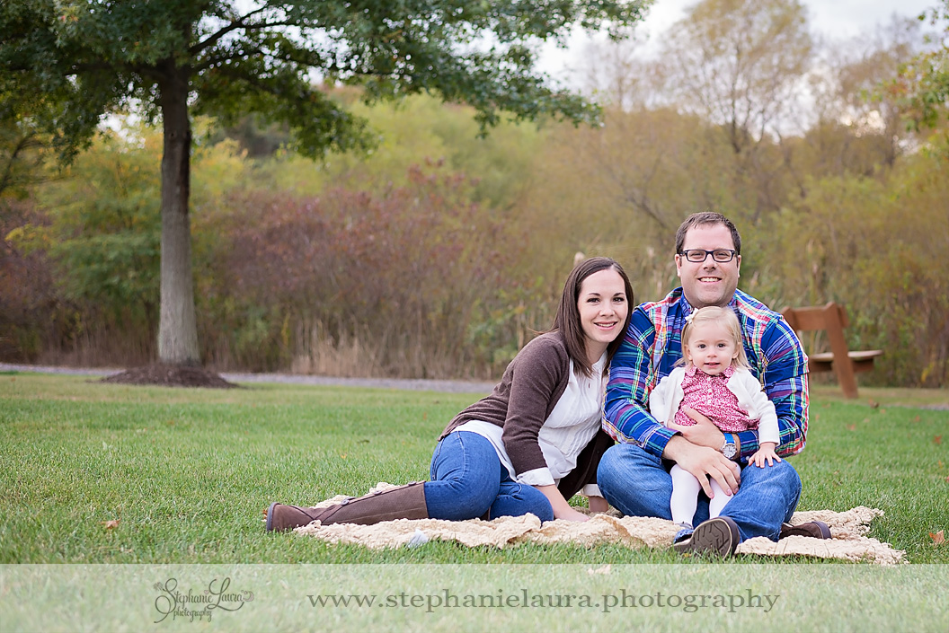 outdoor family christmas pictures
