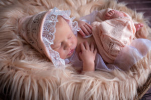 bridgeville newborn photographer